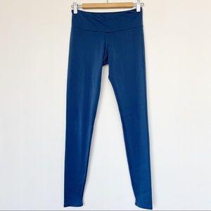 Onzie Solid Blue Leggings Size Small/Medium